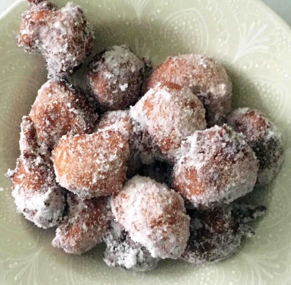 Каштановые пончики