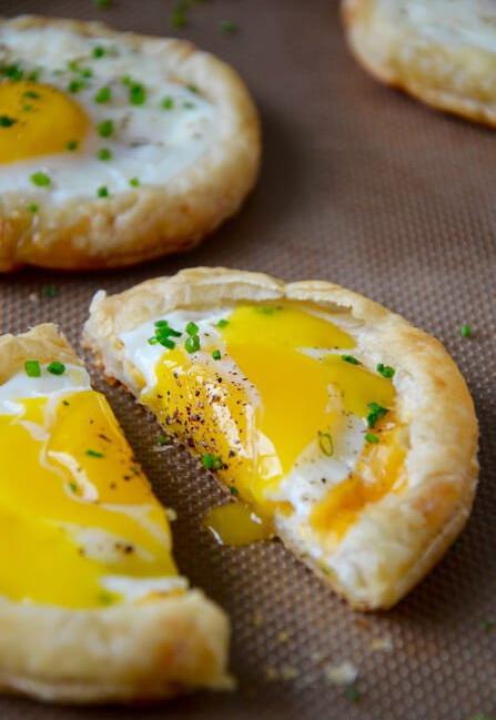 Плюшка с яйцом